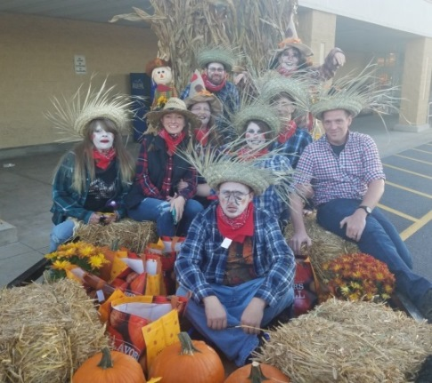 Store #6088 Having Fall Fun At The Middletown Halloween Parade
