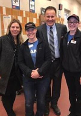Division President Tom Lenkevich And Regional Vice President Sonja Boelhouwer With Deli Mgr. Melissa Keller And Assistant Deli Mgr. Alycia Baskin At Kutztown, PA, Giant 6486