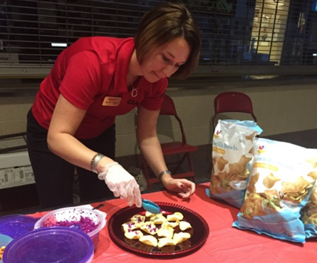 Giant Showed Employees Of Hershey Entertainment And Resorts How To Live Well By Hosting Its Annual Wellness Fair