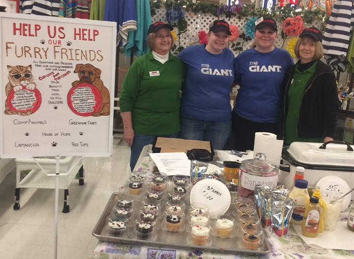 Giant Store #6045 In Westgrove, PA, Held A Pupcake Event To Benefit Local No Kill Animal Shelters. Thanks To Nancy Wiechecki, Kaitlyn Duca And Charlotte Sutherland.