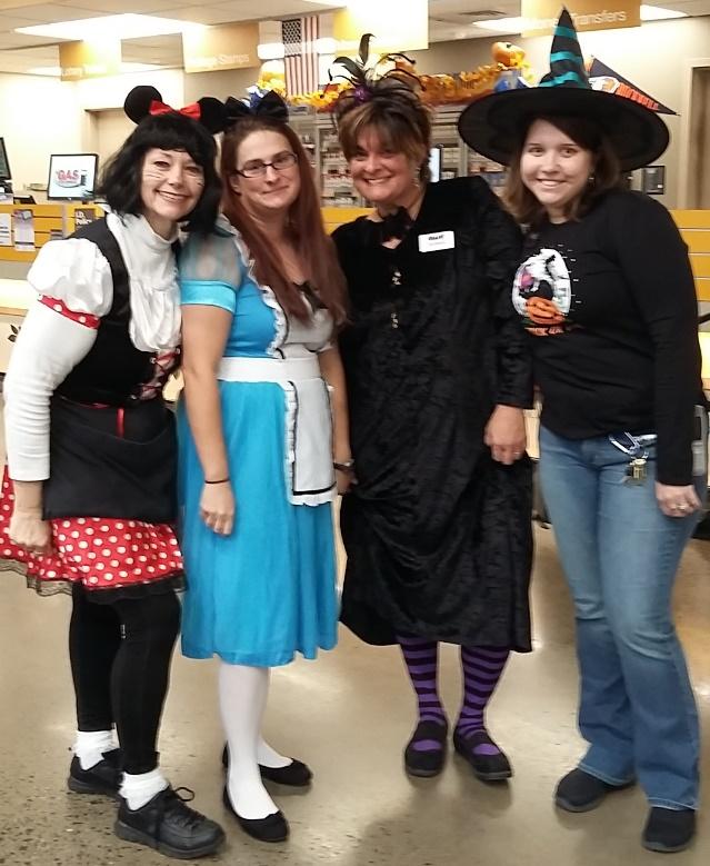 Lewisburg, PA, Giant Store 6332 Enjoys Halloween Fun
