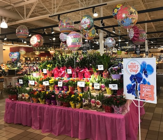 Linglestown, PA, Giant Store #6447 Gets Ready For Mother's Day
