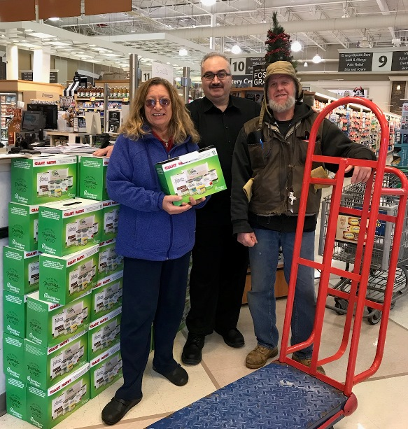 St. Mark's Food Cupboard In Newtown Square, PA, Picked Up More Than 95 Hunger Boxes That The Cashiers From Store #6526 Sold To Support The Hungry